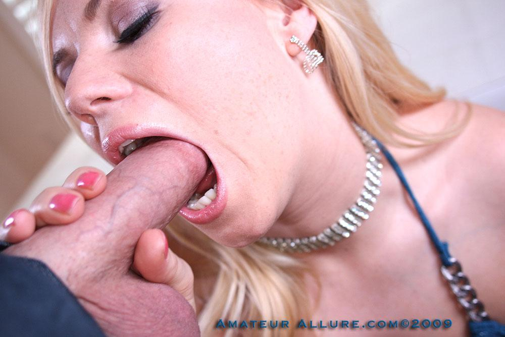 Donna bell is sucking on a big cock outdoor and has anal sex reality anal