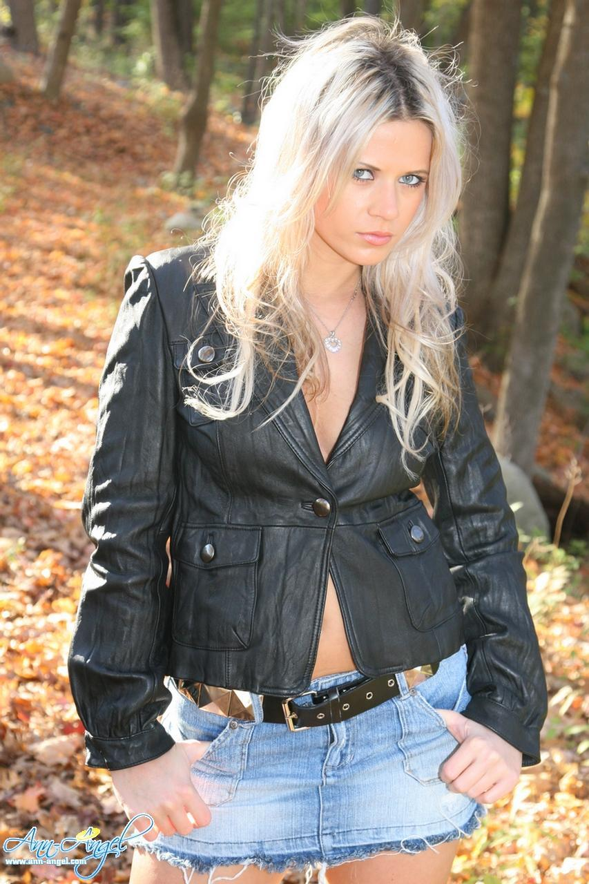 Ann Angel Goes For A Walk In Her Jean Miniskirt And -9473