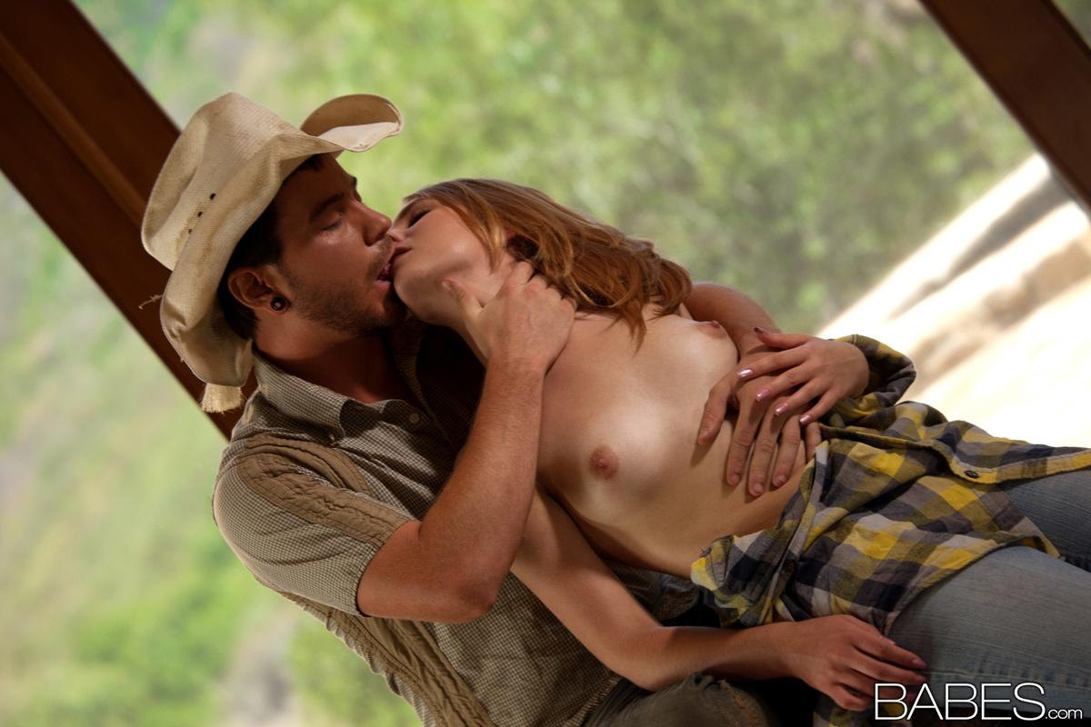 Farmers daughter gets her tits bound 4 8
