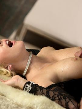 Blonde beauty Courtney Taylor gets pleasured in her lingerie