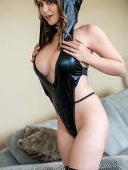 Busty girl Bryci dresses up in sexy leather for you
