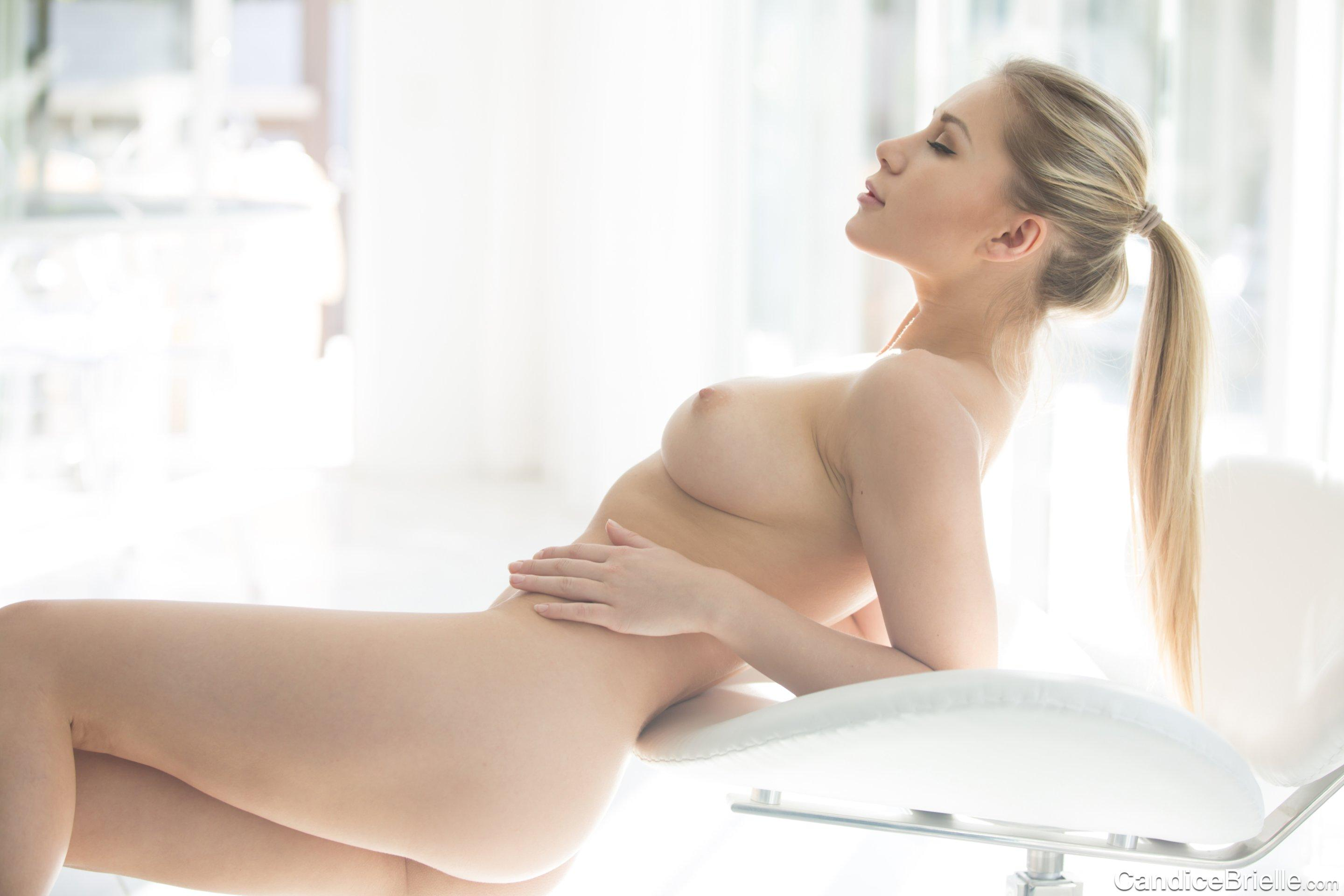 Hot beauties do some amazing anal