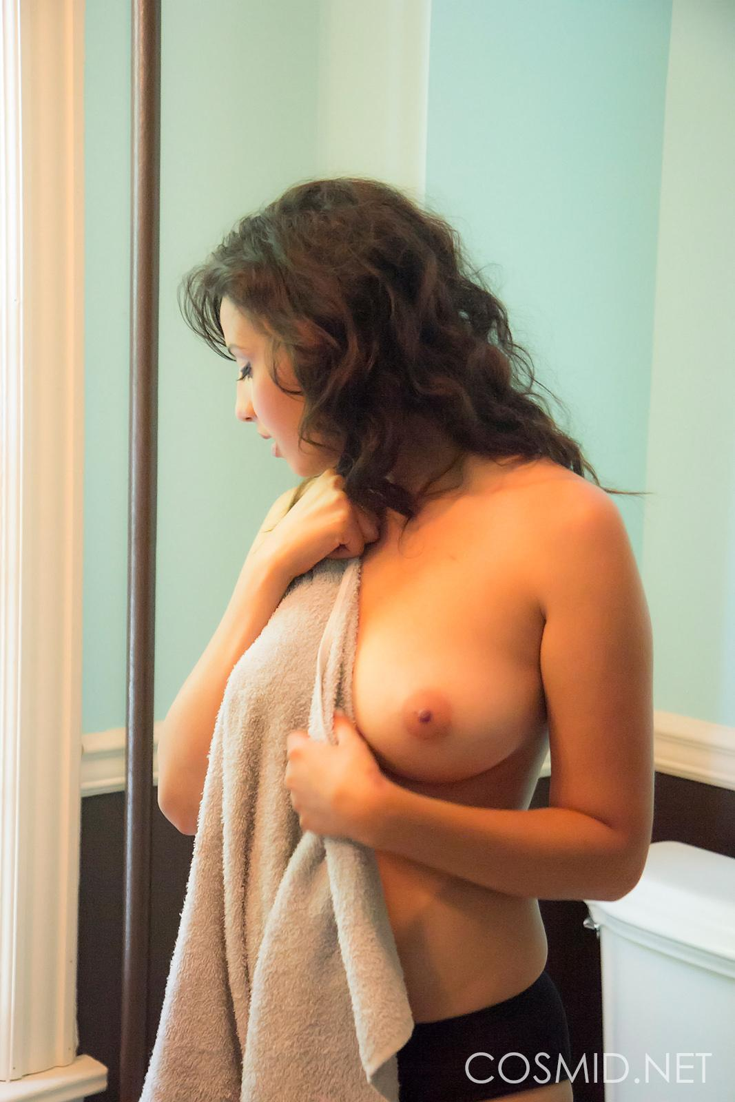 Busty Brunette Girl Alexis Shows Her Natural Boobs In The -7295