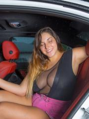 Curvy girl Allie Giovanni changes in the back of her car