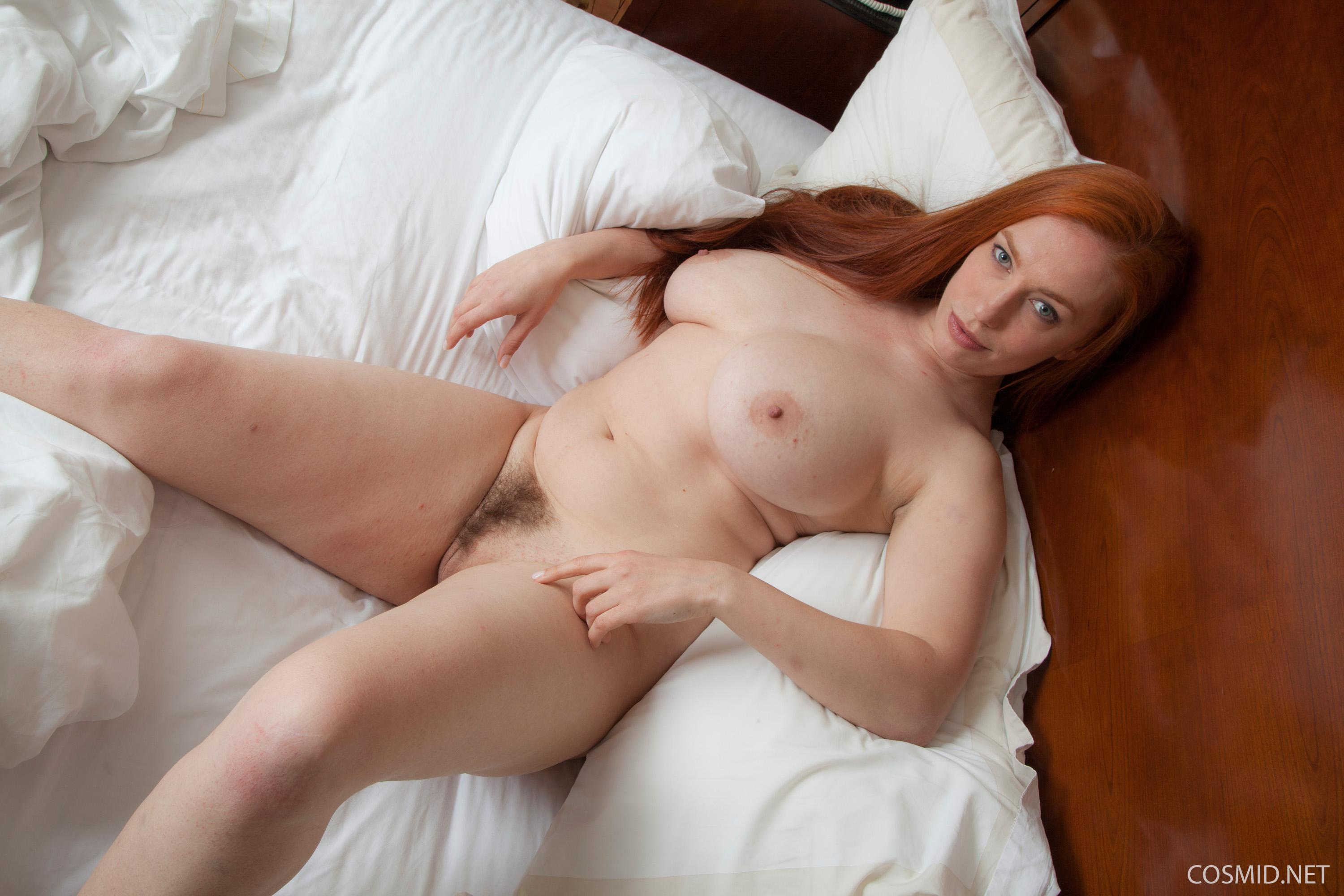 Busty redhead Titania gets naekd for you on the bed - Coed ...