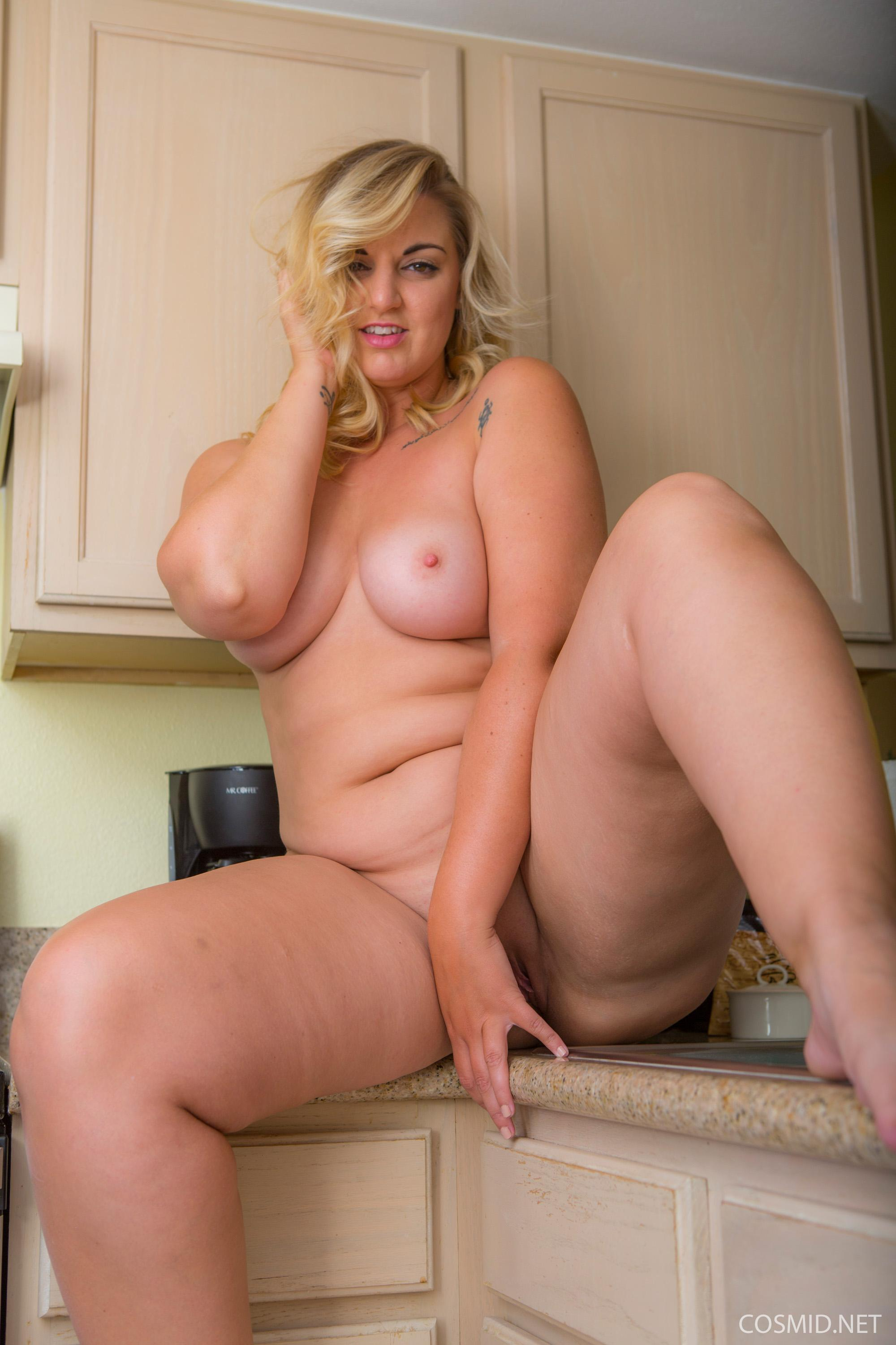 Busty Girl Carrie Gets Naked For You In The Kitchen  Coed -8343