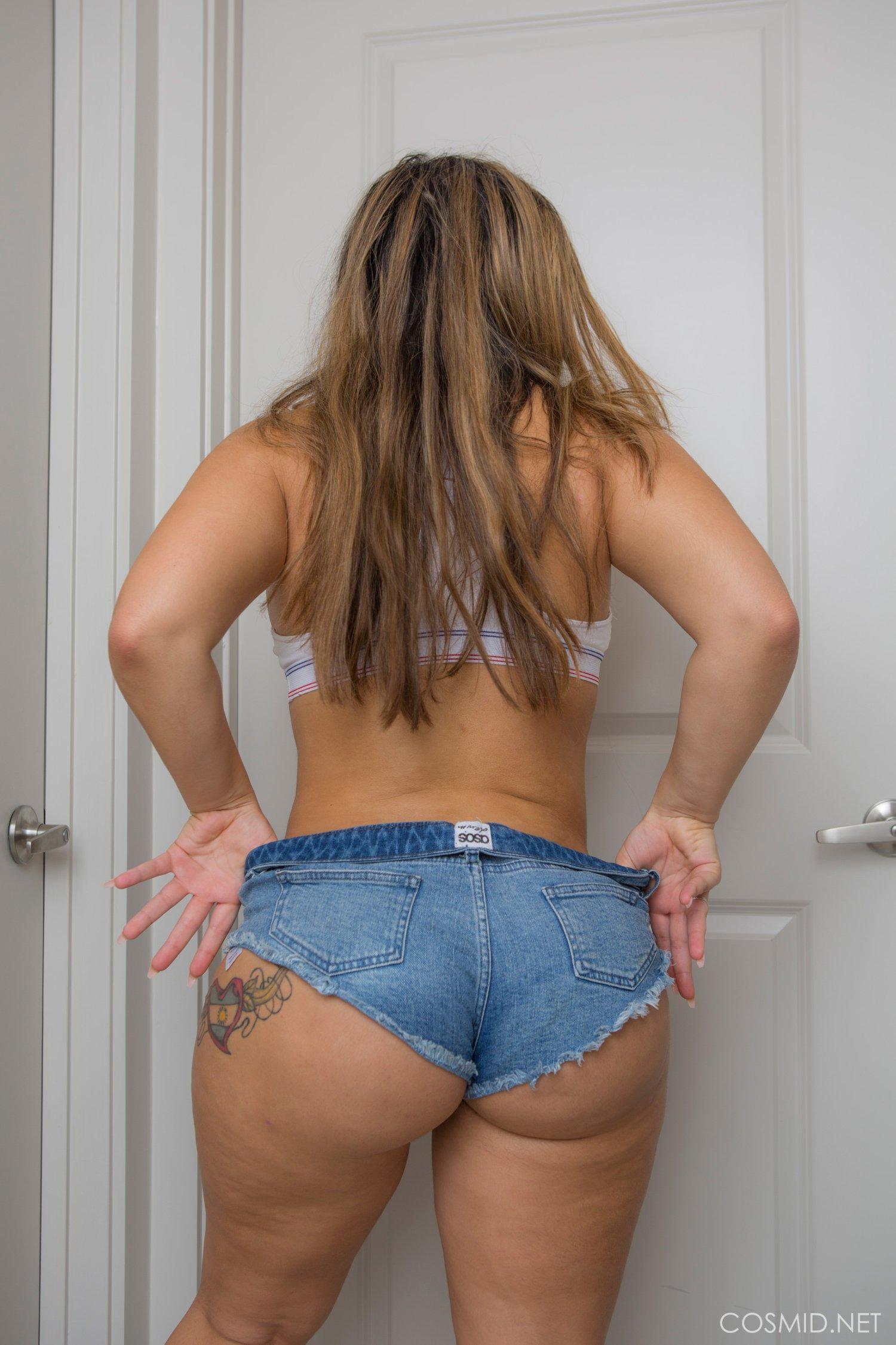 Girl big ass booty shorts