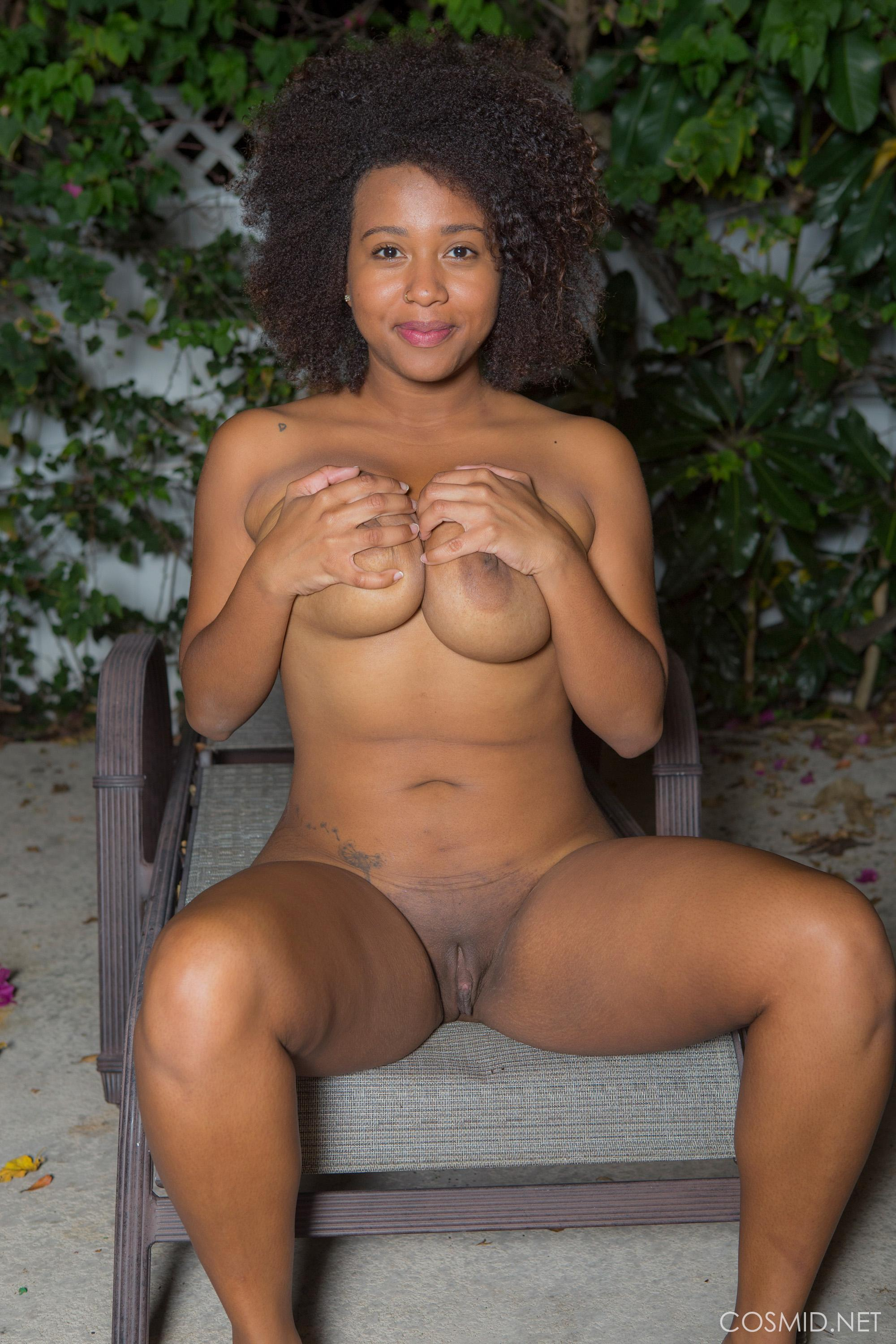 muscular-genelle-williams-pussy-pictures