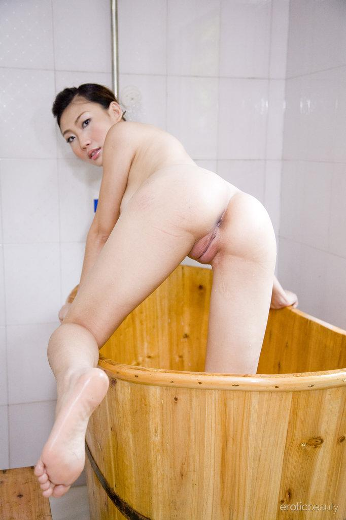 in Asian shower pussy