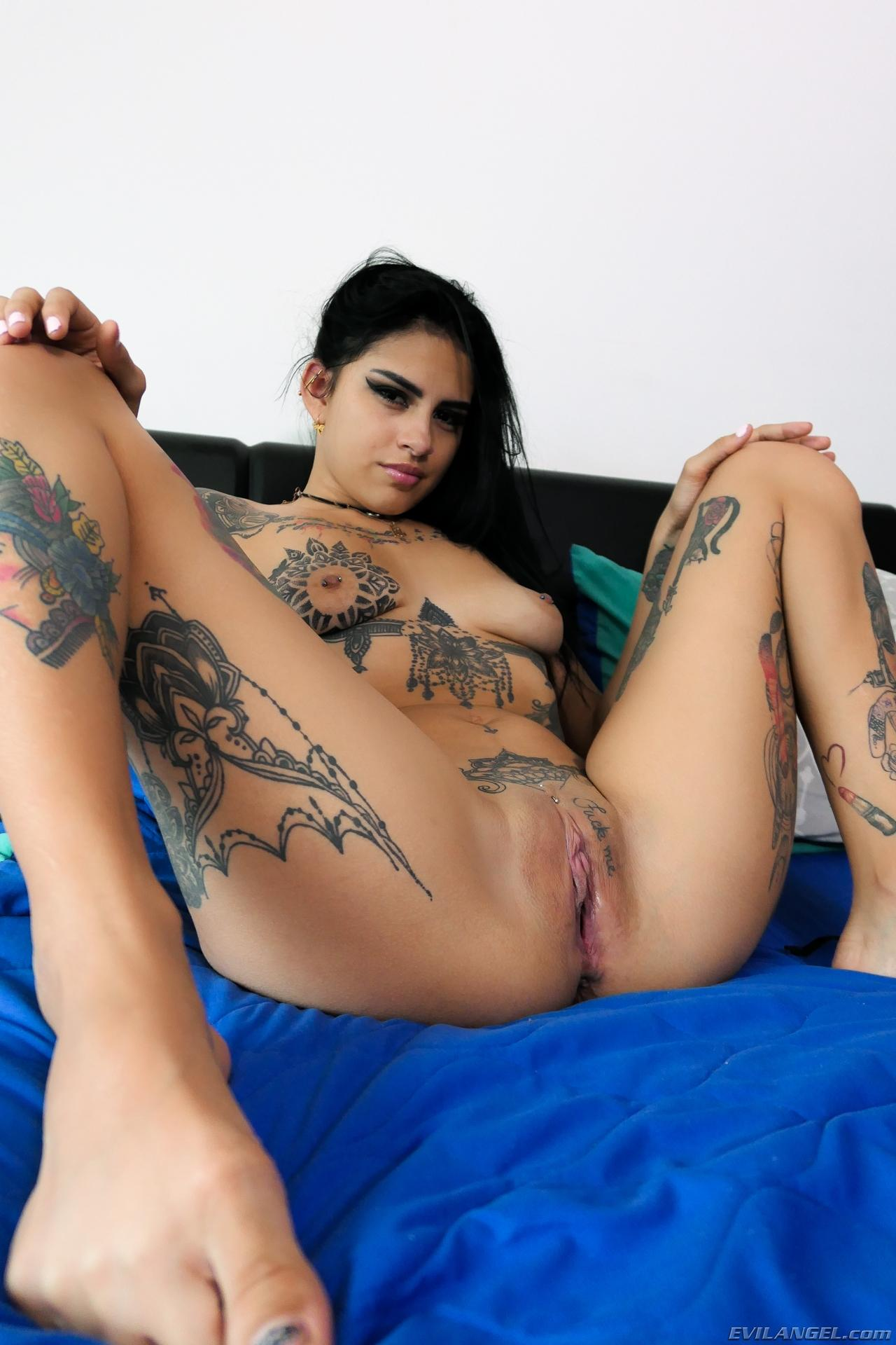 Inked Latina Kat Licious Gets Naked For You In Bed  Coed -7265