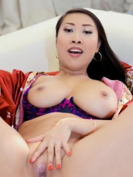 Asian babe Sharon Lee licks her photographer's cock before spreading her legs