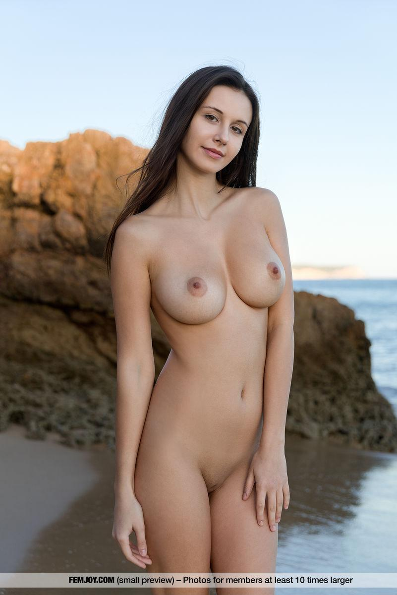 Alisa I Shows Her Gorgeous Nude Body On A Beach In -2335