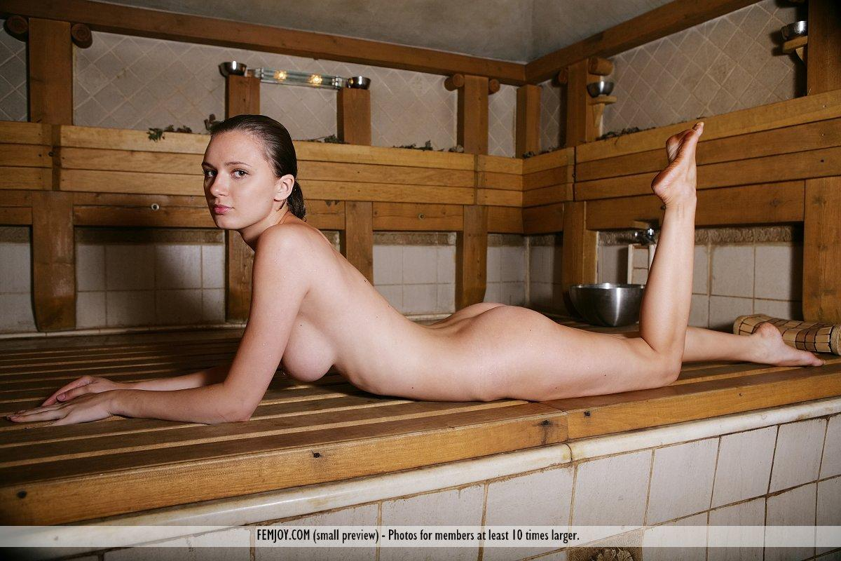 white-girls-naked-in-sauna-sexy-indian-girls-nude-fcuking