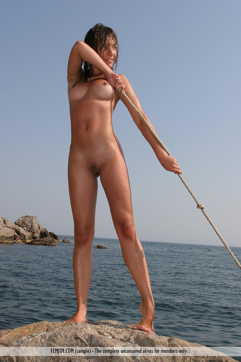 sports Nude outdoor