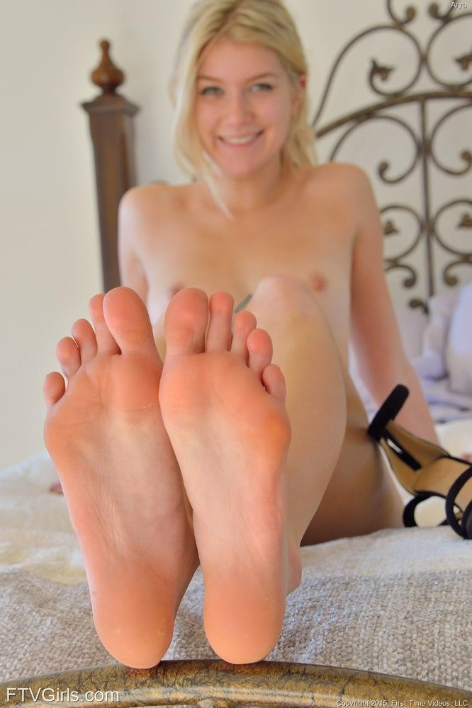 Young girl feet pussy similar