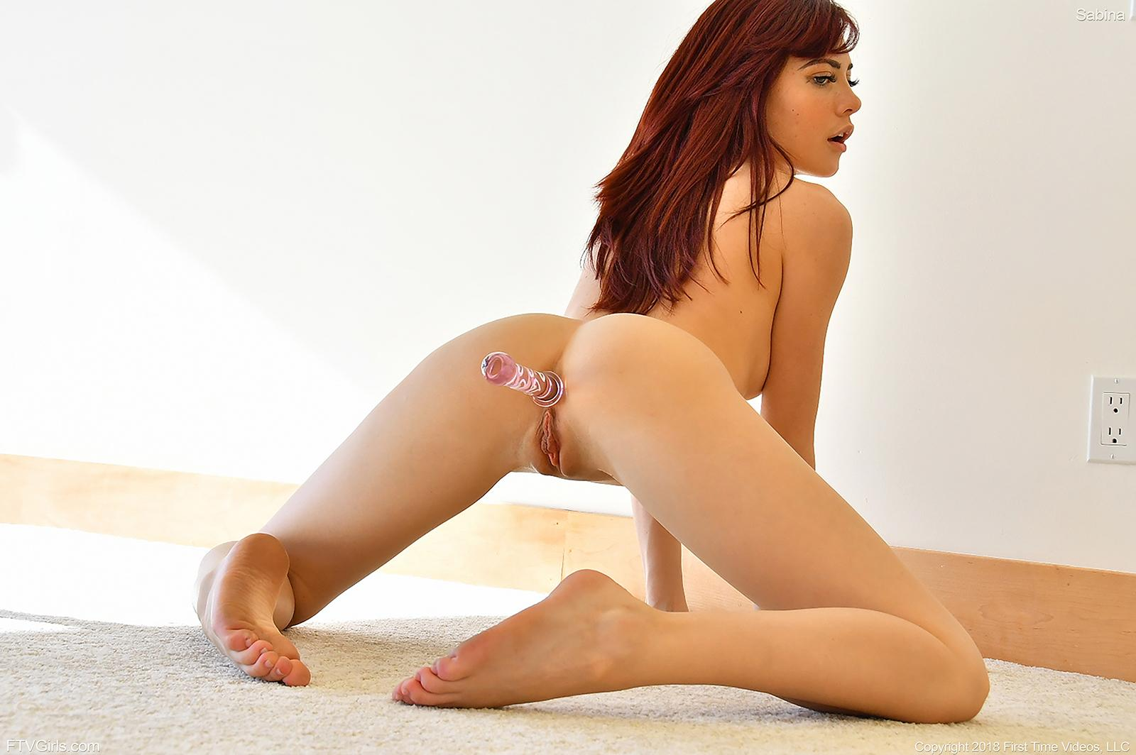 Celeb Sexy Red Head Naked Woman Gif