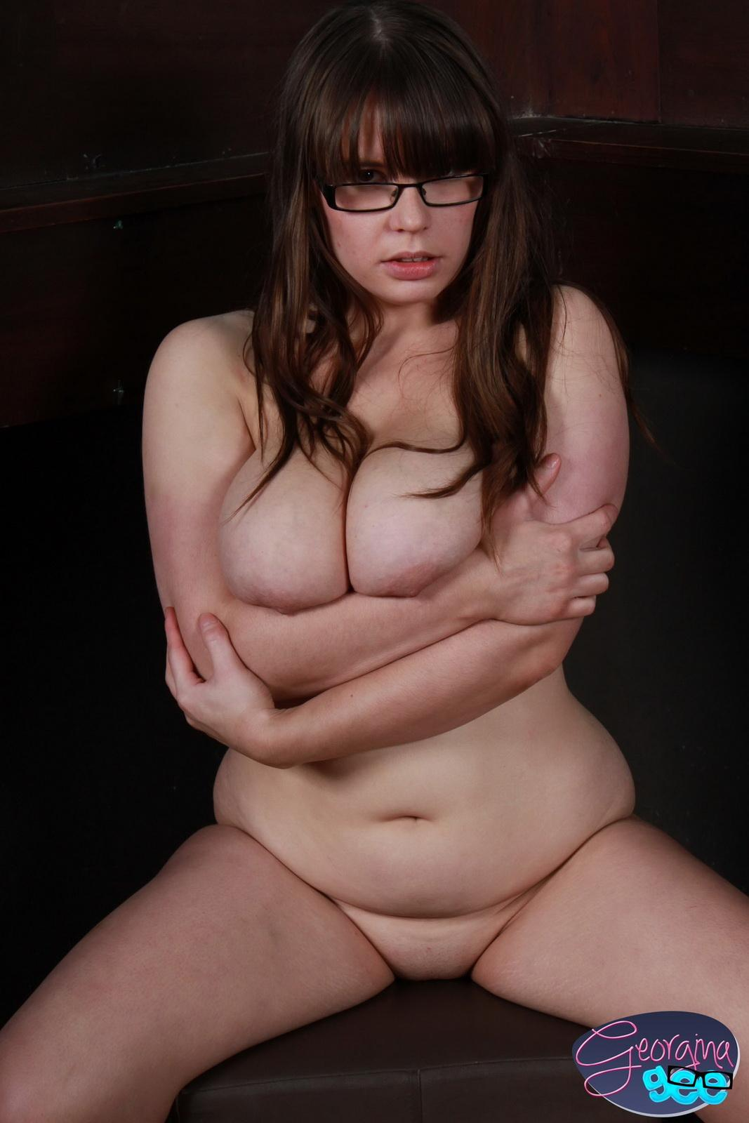 Curvy Georgina Loves Teasing By Playing With Her Big Boobs In Her Tight -5602