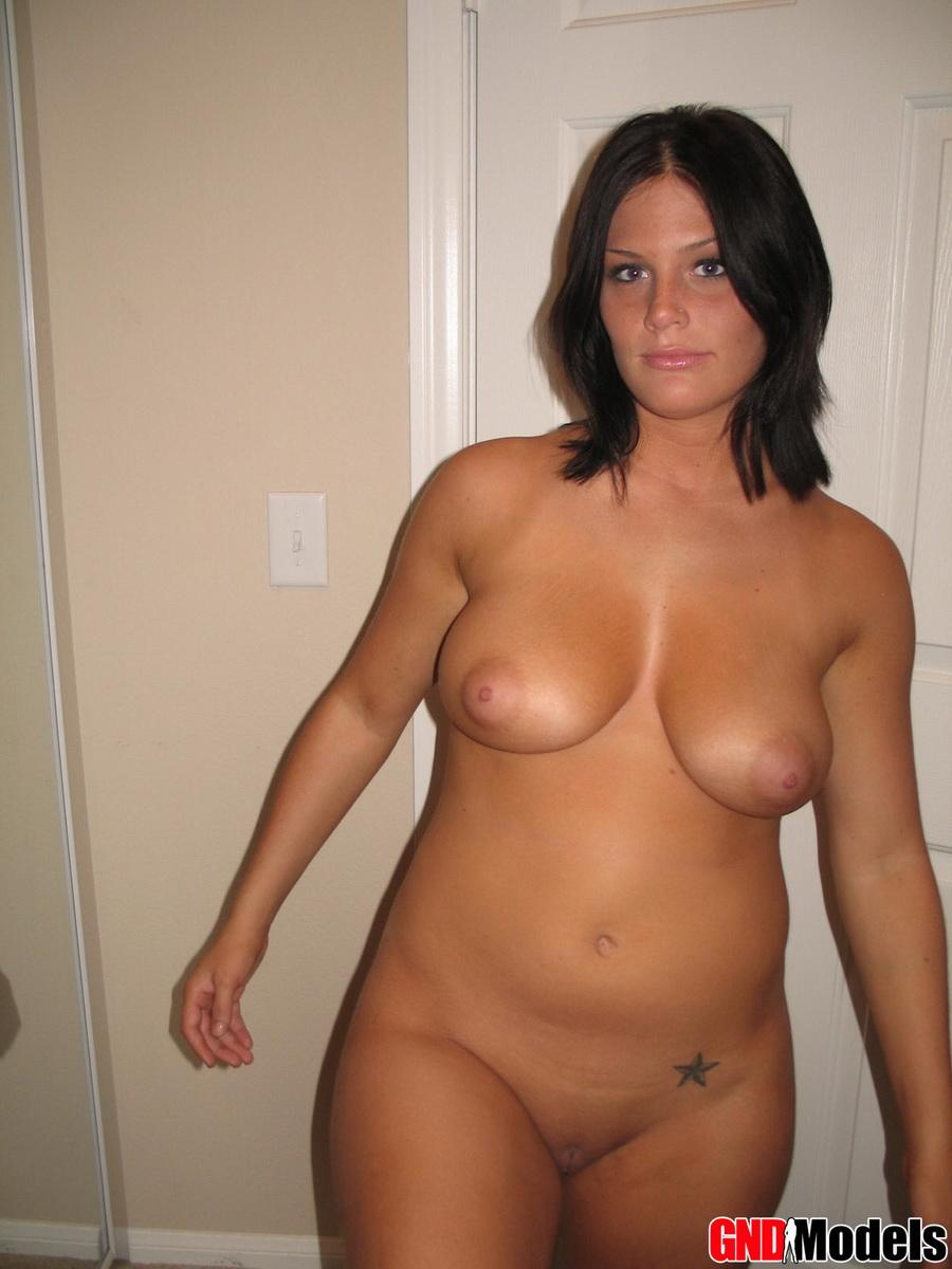 Finest Naked Curvy Woman Images