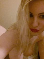 Jess Davies strips naked from her cute top and tights