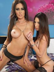 Jessica Jaymes and Dava Foxx go down on each other in their lingerie