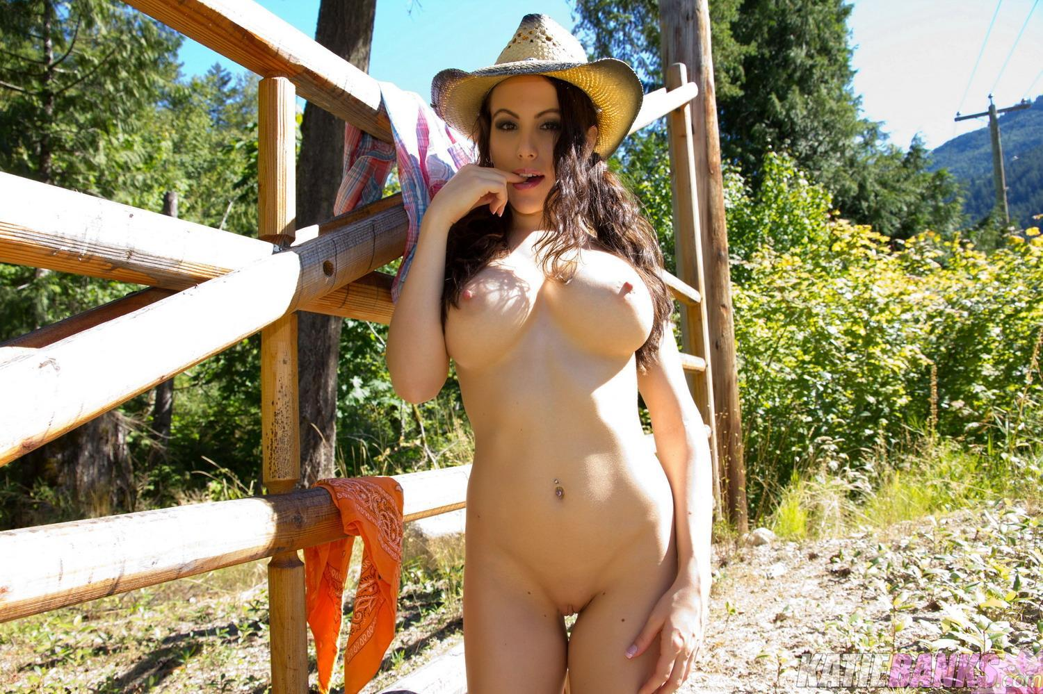 Country Girl And Nude Gymnastics