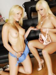 Pictures of Kayden Kross enjoying pussy with Angelina Ashe