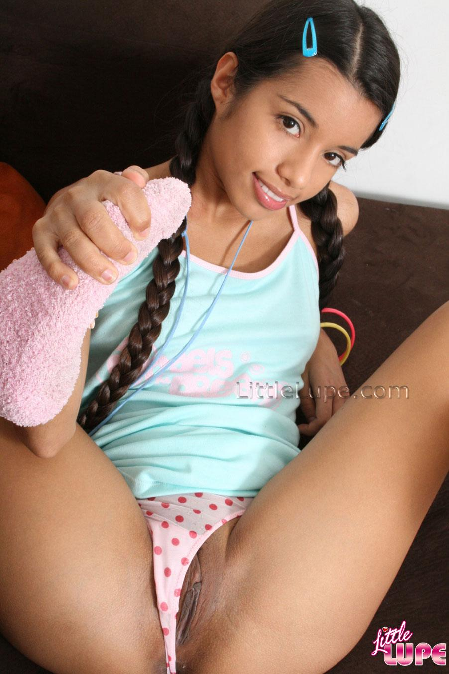 sexy pigtail teen babe