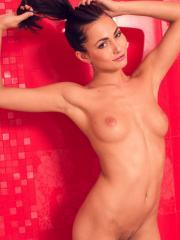 Brunette hotite Michaela Isizzu invites you over for a hot shower