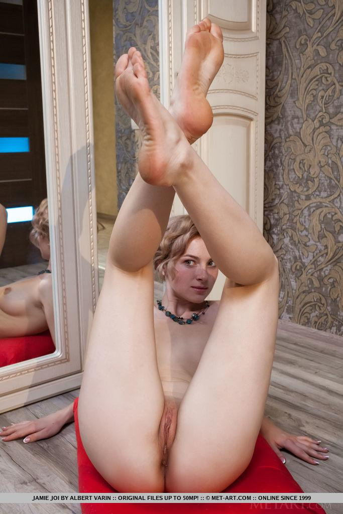 Barefoot joi with blonde cam girl 4