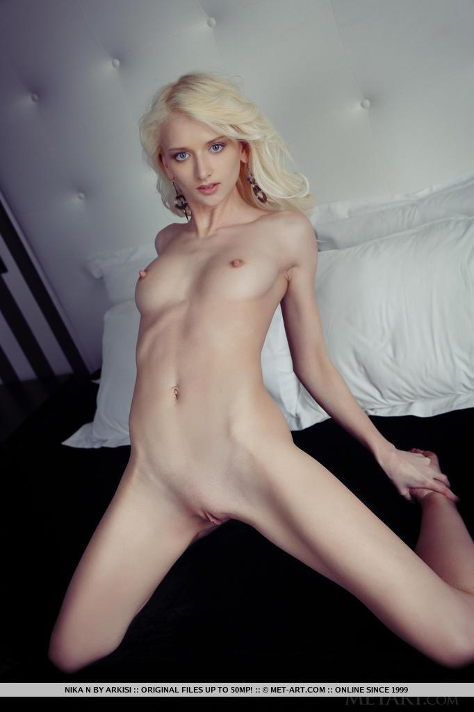 Topless Norway Nude Photo HD