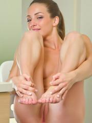 Stunning girl Susana C gets totally nude and offers you her tight pussy