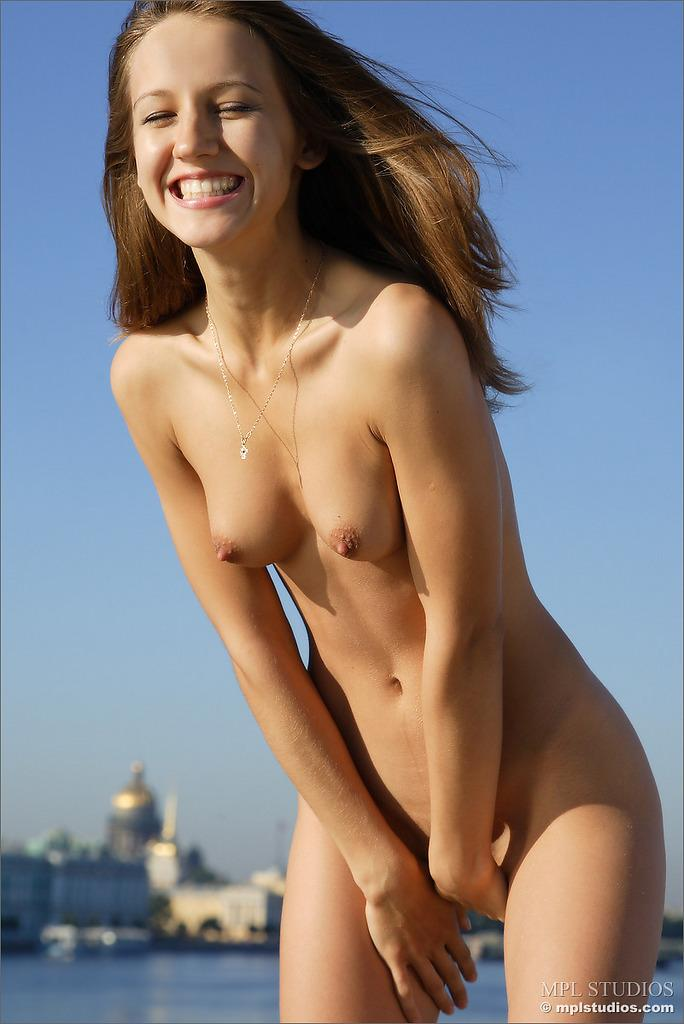 Nudist Teen Shocking Gallery