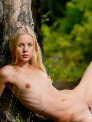 "MPL Studios Presents Sarah in ""Forest Affair2"""