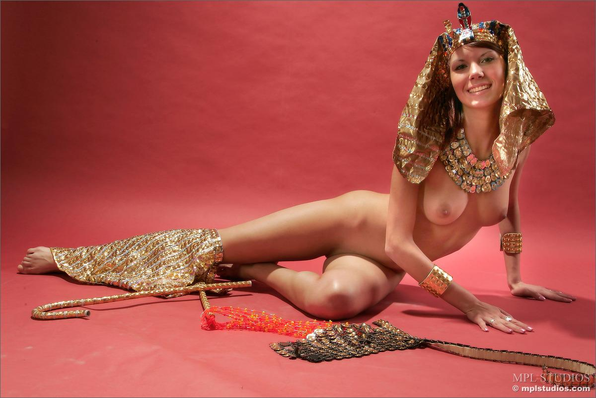 Sexy nude egyptian queens, tulsa swinger nude