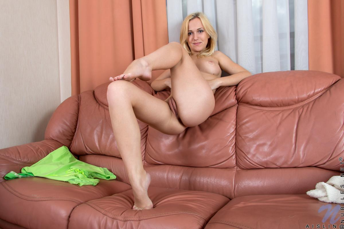 Adult Clip All american challenge dildo