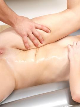 Nuru MassagePicture 15