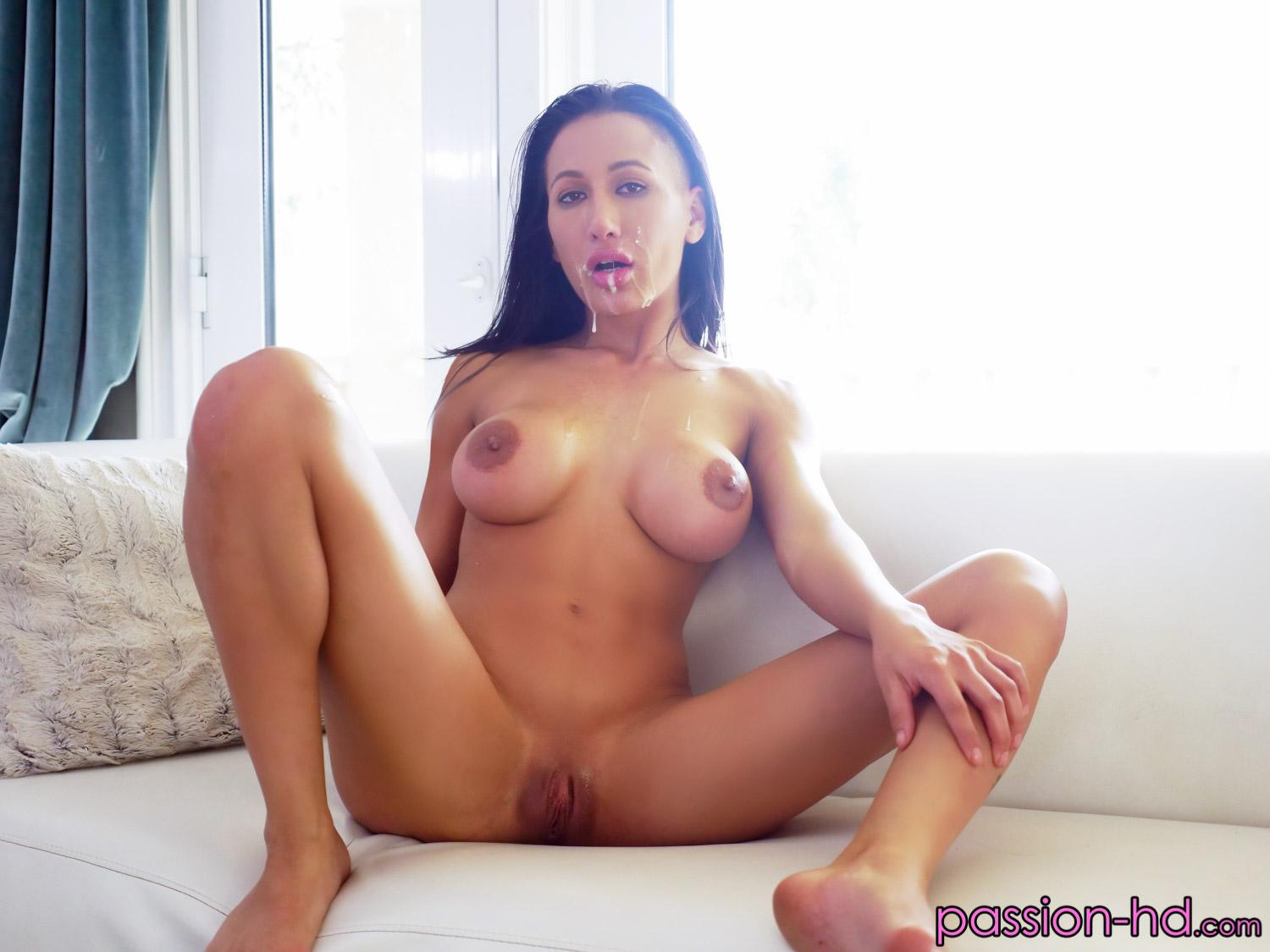 Amia Miley Hd