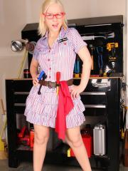 Blonde hottie Sexy Pattycake dresses up as a sexy mechanic pinup