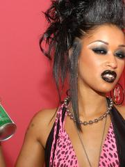 Funky Skin Diamond lets Ryan put his cock right up her ass!