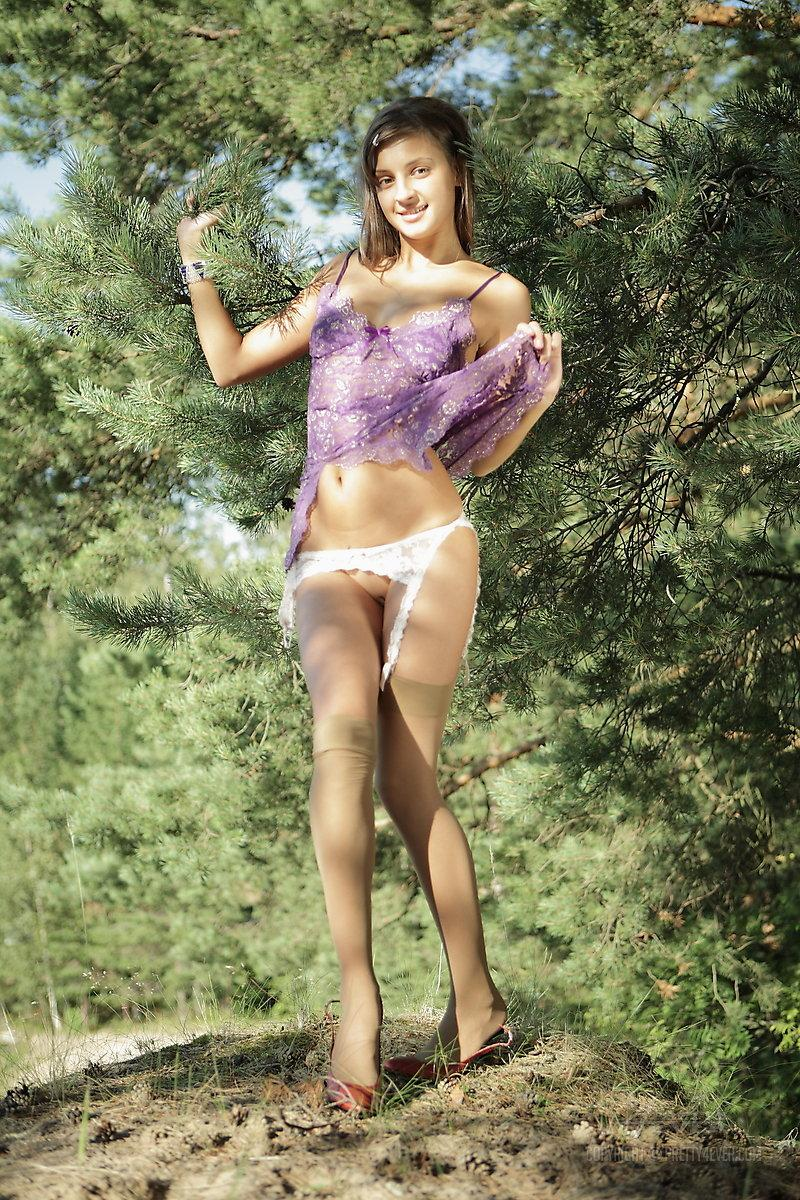 piper-fawn 143 Galleries - Coed Cherry