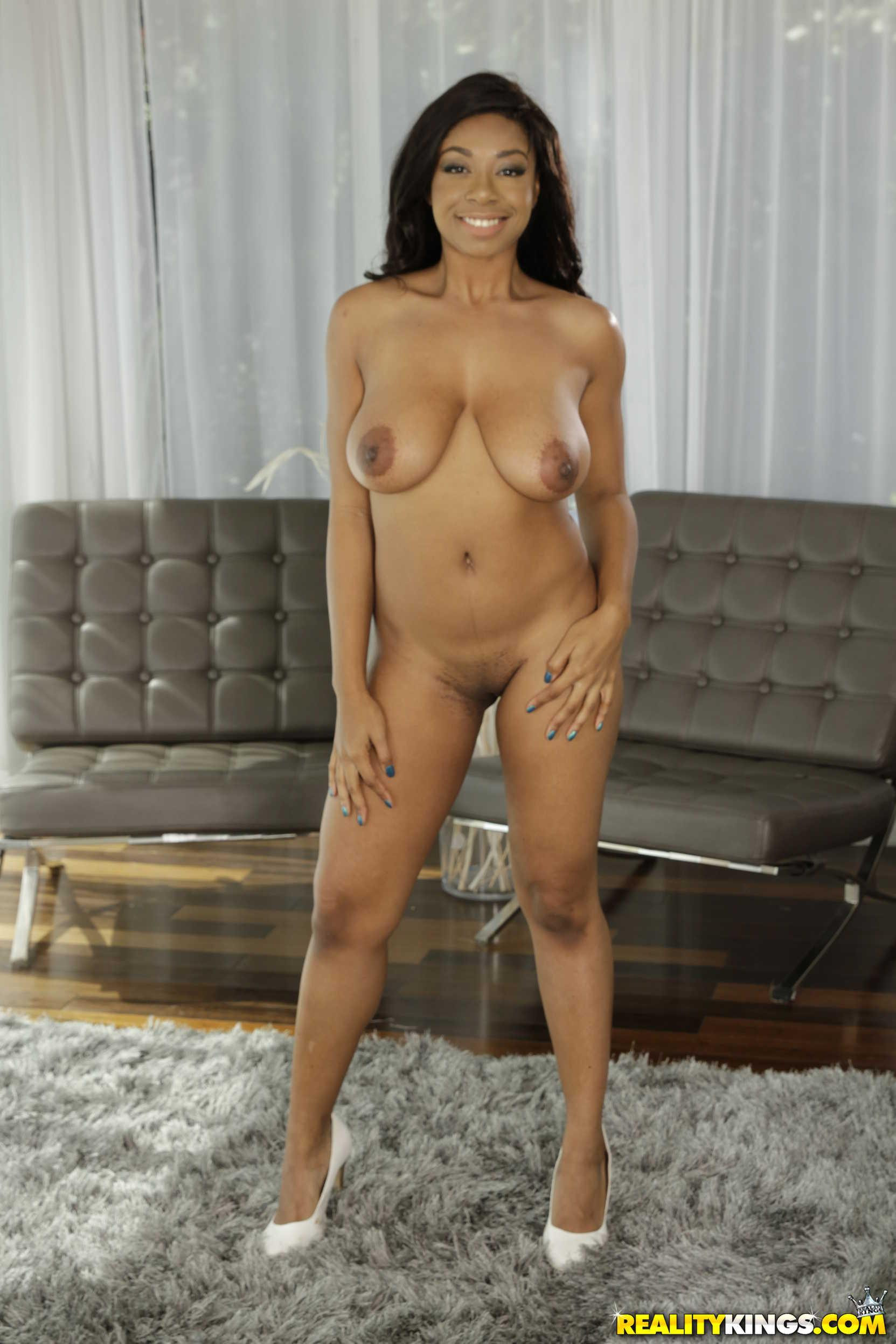 babe Busty brown