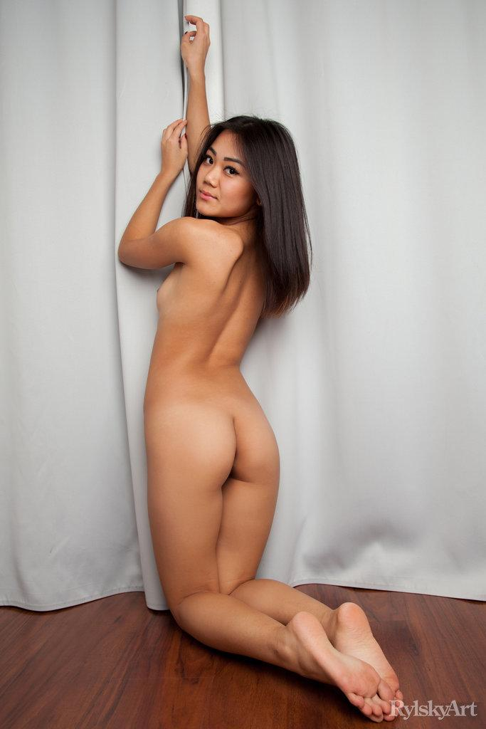 Tits Nude Modele Png