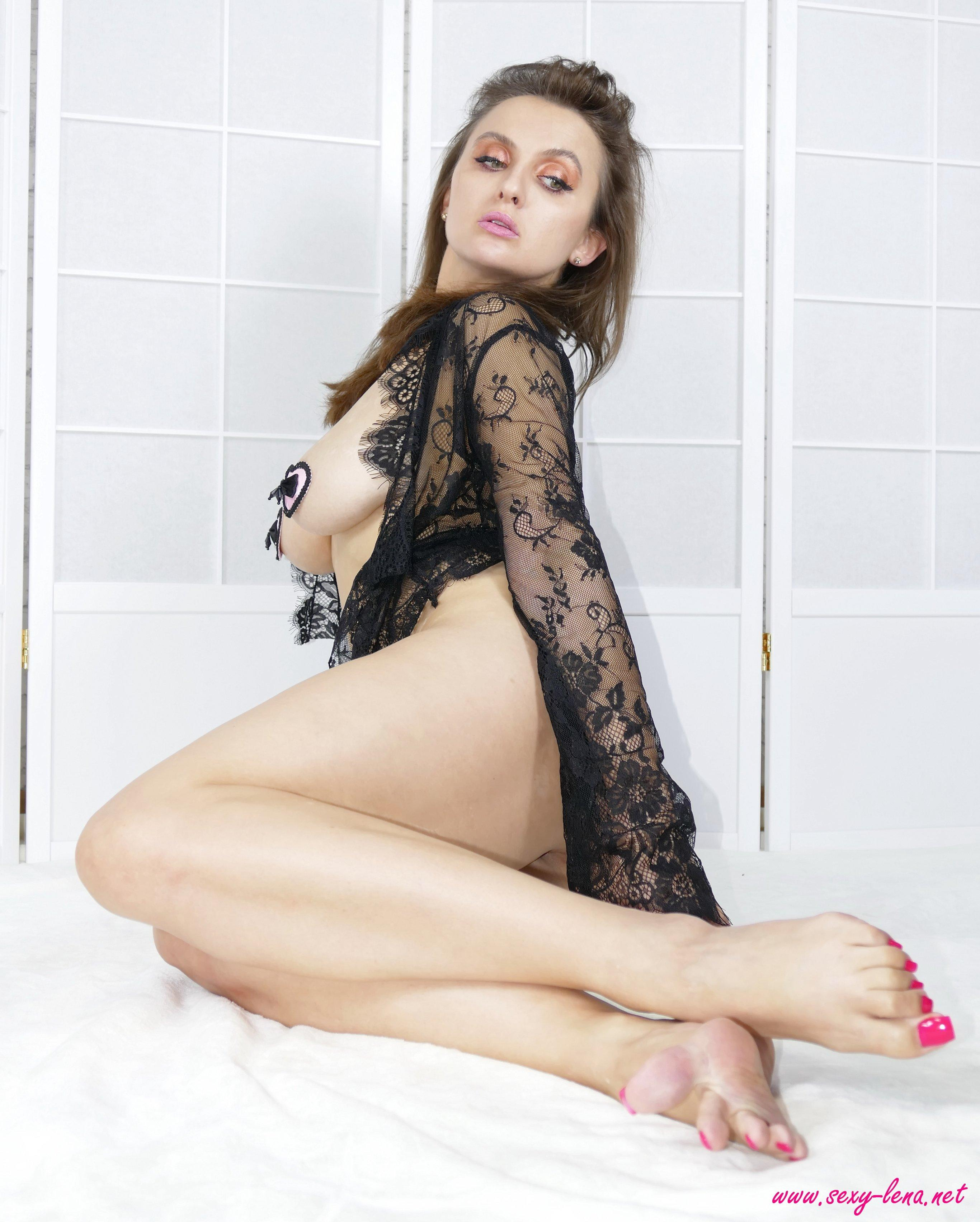 Sexy Lena Shows You Her Sexy Feet  Coed Cherry-1668