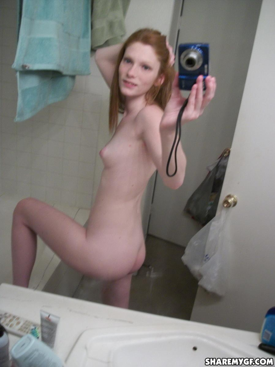 Hot ginger GF shows off as she takes naked selfies in the ...