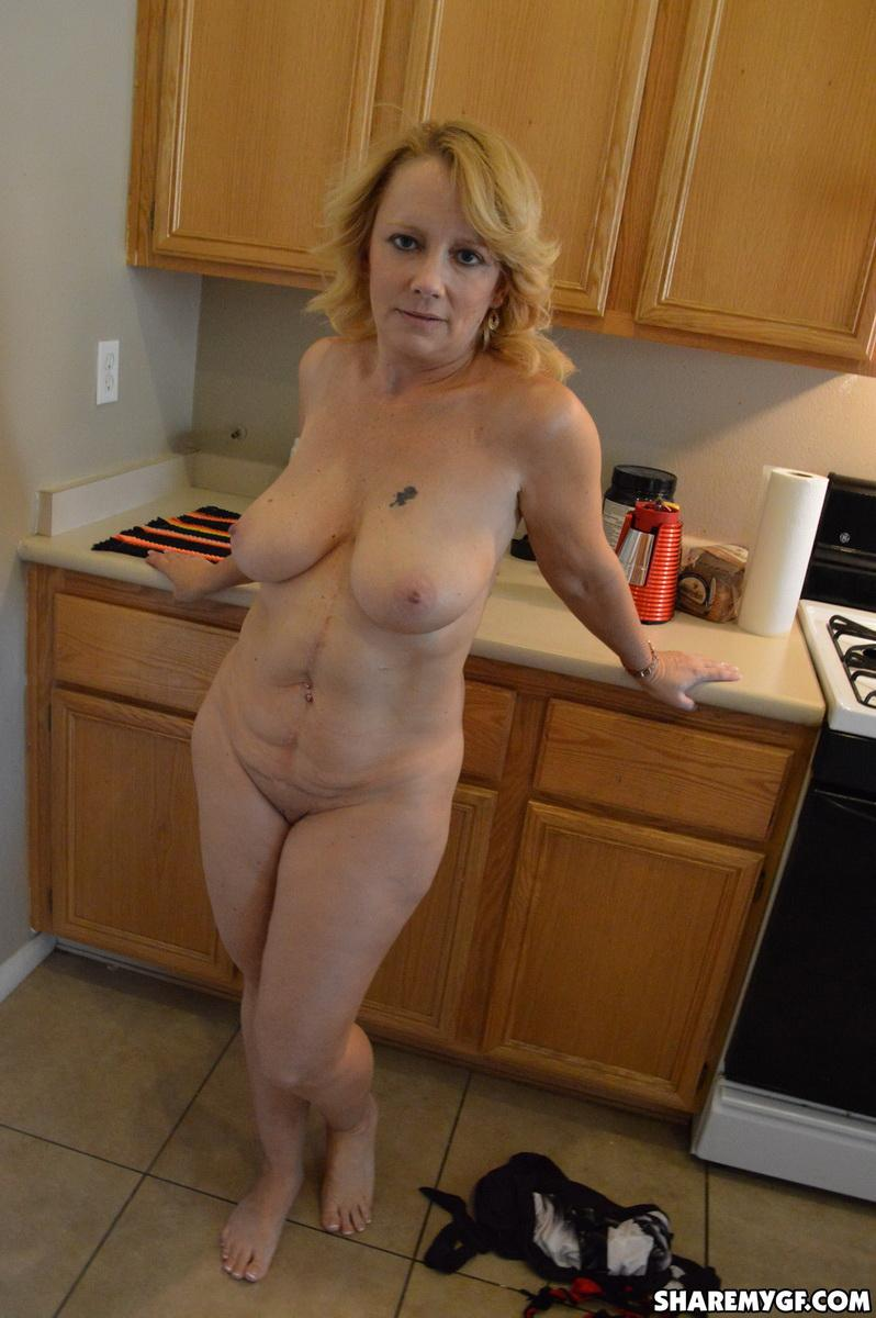 Old Wife Naked
