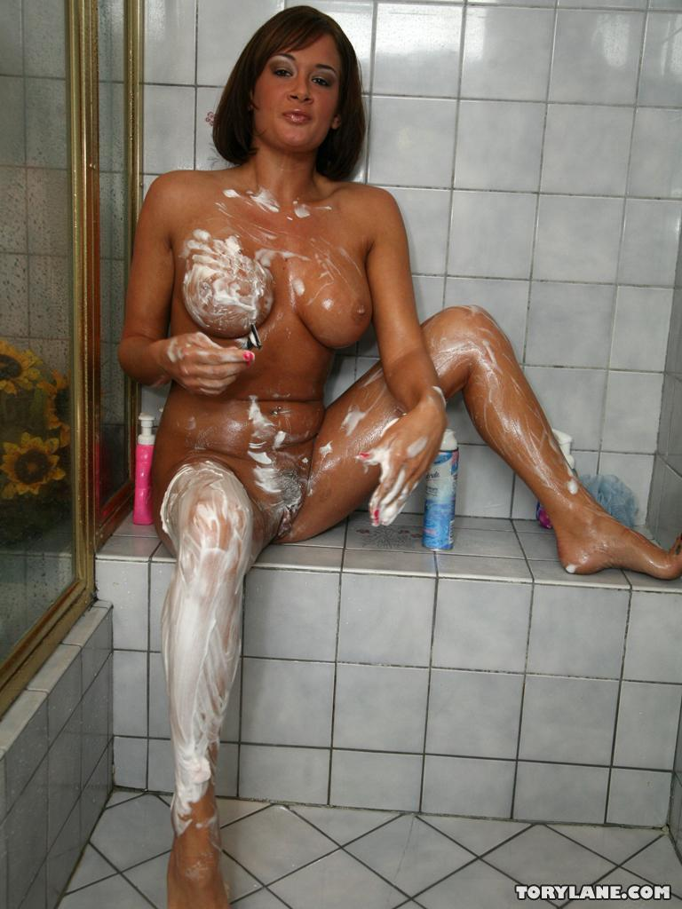 wife suddenly shaves her pussy
