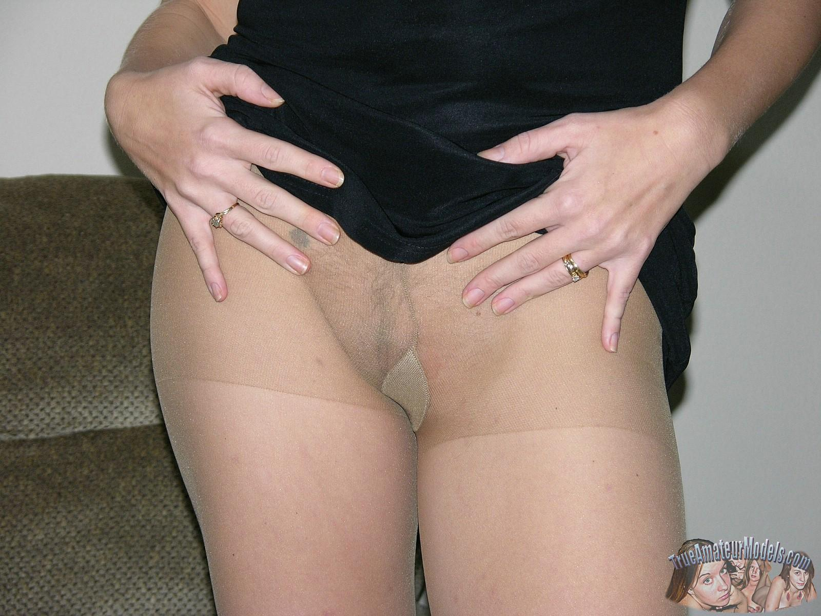 Adult Video Pointed boobs soft nylons