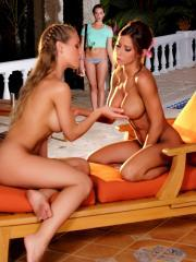 Madison Ivy, Mia Malkova and Nicole Aniston eat each others pussies
