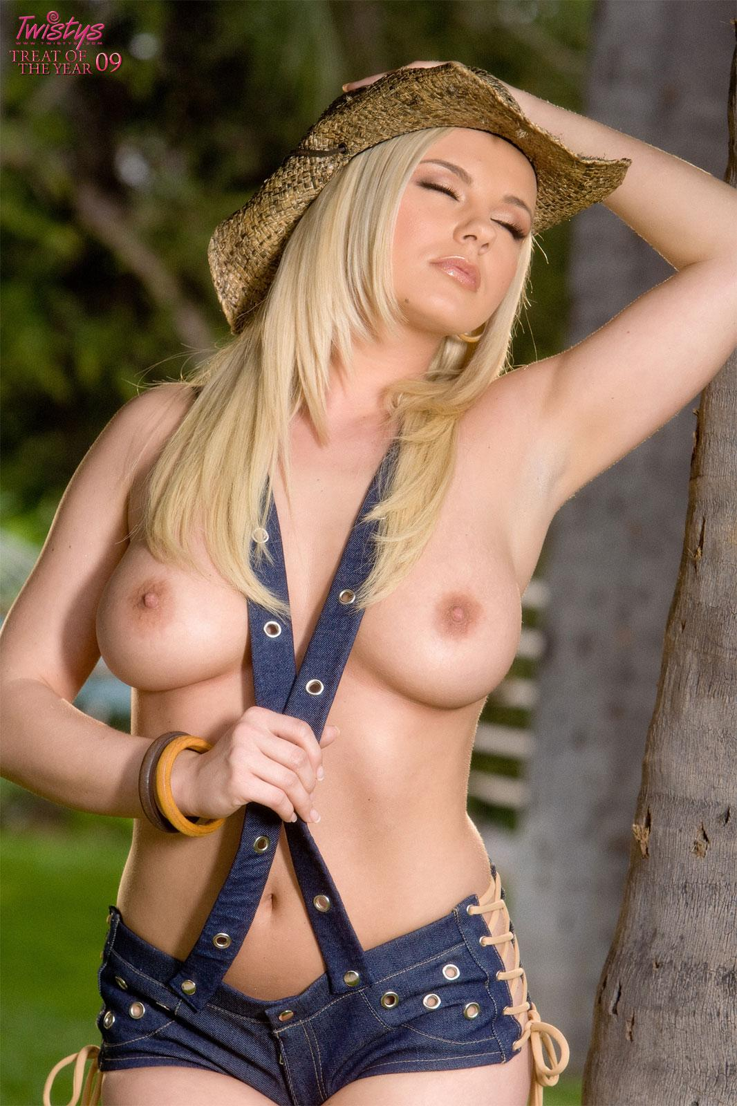 Bree olson twistys treat of the year