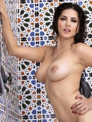 Sunny Leone is turning herself on while taking shower